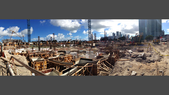 LIVE Camera Features - Construction or Jobsite Ultra Gigapixel Panos